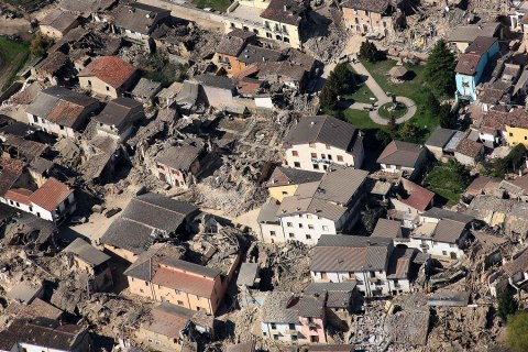 image: An aerial view of the destruction in the city of L'Aquila, central Italy, April 6, 2009.
