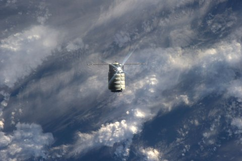 The unmanned U.S. commercial cargo ship Cygnus is seen approaching the International Space Station on Sept. 29, 2013. Cygnus flew itself to the International Space Station, completing the primary goal of its debut test flight before supply runs begin in December.