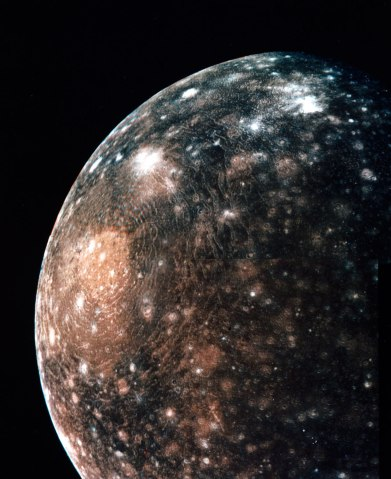 An image of Callisto showing a large impact basin, 2600 kilometres across, on the moon's surface.