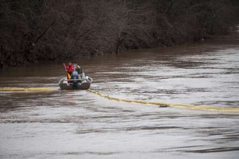 140114-west-virginia-chemical-spill