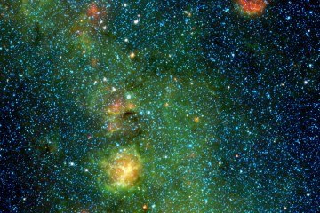 A storm of stars is brewing in the Trifid nebula