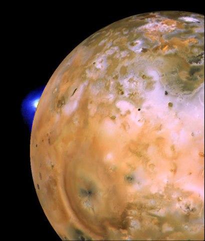 Io, Voyager I, 1979.