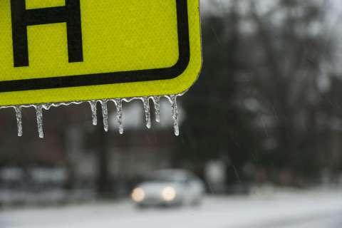 140212-ice-storm-atlanta
